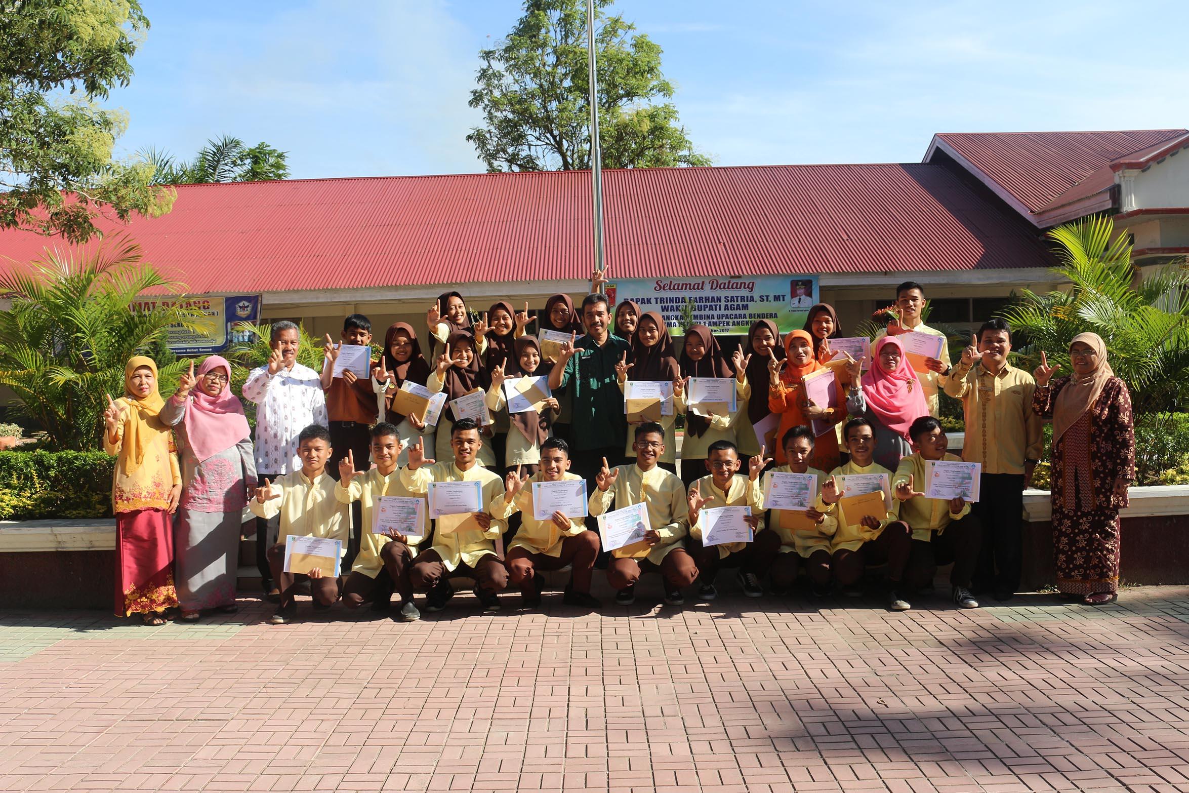 SMAN 1 Ampek Angkek umumkan Pemenang Lomba Literasi  dan Lomba K7 antar Kelas