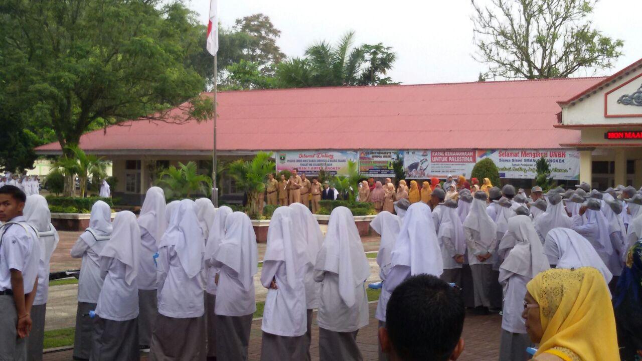 Kepala SMAN 1 Ampek Angkek Buka Pengenalan Lingkungan  Sekolah (PLS) Tahun Pelajaran 2018/2019