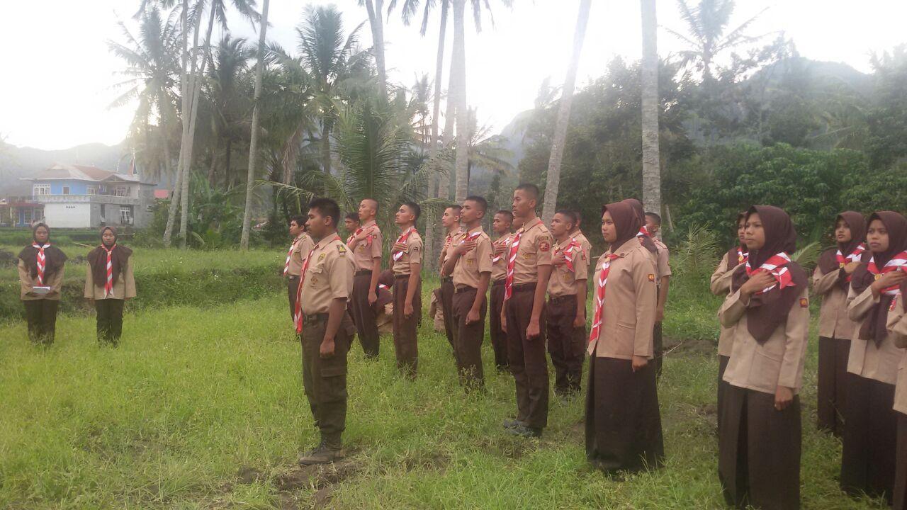 Gugus Depan (Gudep) SMA Negeri 1 Ampek Angkek menggelar Pelantikan Bantara di Jorong Sungai Angek Kecamatan Baso.