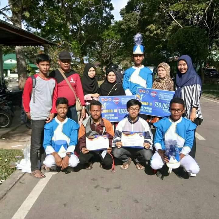 Drum Corps Gita (DCG) SMANIVA Raih Dua Juara Pada Ajang Lomba Marching Band Di Kota Bukittinggi.