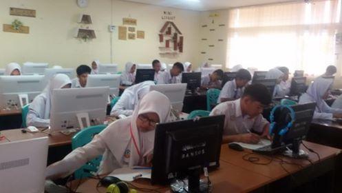 SMAN 1 Ampek Angkek Melaksanakan Ujian Nasional Berbasis Komputer (UNBK) TP. 2018/2019
