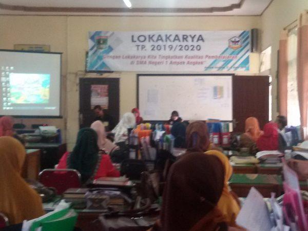 SMAN 1 Ampek Angkek Gelar Lokakarya Tahun Pelajaran 2019/2020