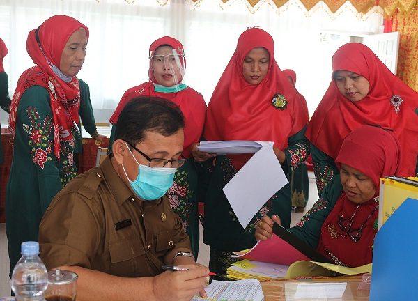 Kacabdin Wilayah 1 Melaksanakan Penilaian Kinerja Kepala Sekolah (PKKS)  di SMAN 1 Ampek Angkek