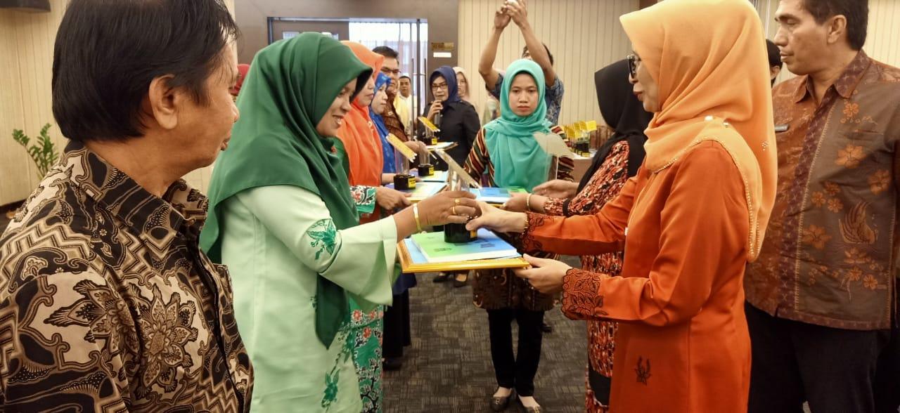 SMAN 1 Ampek Angkek Raih Juara III (Ketiga) Pada Lomba Perpustakaan Sekolah SMA/ MA/SMK Negeri/ Swasta Tingkat Propinsi Sumatera Barat tahun 2019